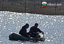 """ribari.net Инспектори на ИАРА извадиха 180 м мрежи от язовир """"Табакова чешма"""""""